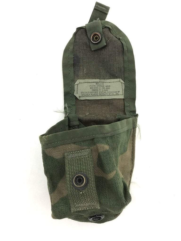 Pre-owned Army Woodland Camo Single Hand Grenade Pouch, BDU